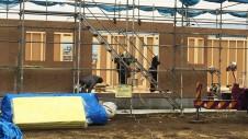 笛吹市に建つ広々フラットハウス 上棟作業4