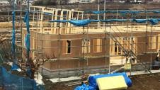 笛吹市に建つ広々フラットハウス 上棟作業5