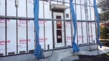 中央市に建つ、自然素材の漆喰を使った塗り壁がかわいいお家