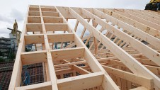 甲府市に建つ、ディズニーの造形作家と造るエイジング加工がおしゃれなお家
